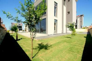 Didim Efeler'de Satılık Lüks Villa 4+1 Ayrı Mutfak
